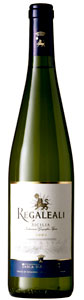 Tasca d'Almerita Regaleali Bianco wine bottle